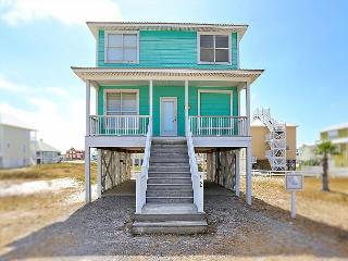 "Walk the Beach at a 4BR Tropical House in Gulf Shores, ""License to Chill"" - Gasque vacation rentals"