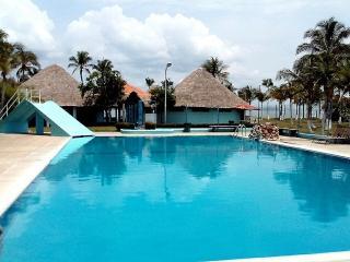 Punta Chame Beach Resort Apt., Sleeps 4. PANAMA. - Panama vacation rentals
