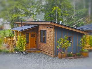 Family Cottage Port O Pierre (Pet Friendly) - From $160.00 CAD per night. - Port Renfrew vacation rentals