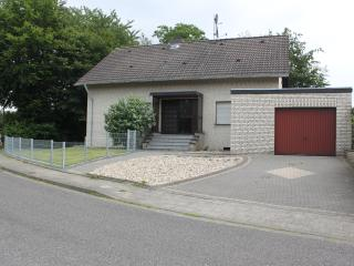 4 bedroom House with DVD Player in Geilenkirchen - Geilenkirchen vacation rentals