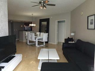 BEAUTIFUL 3 BEDS APT WITH OCEAN AND CITY VIEWS - Sunny Isles Beach vacation rentals