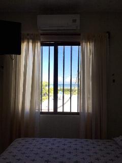 Nice 2 bedroom Progreso House with A/C - Progreso vacation rentals