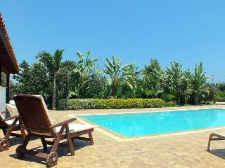 Bright 4 bedroom Vacation Rental in Pervolia - Pervolia vacation rentals