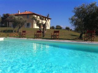 Villa Vittoria holiday vacation large villa rental, italy, tuscany, near - Cecina vacation rentals