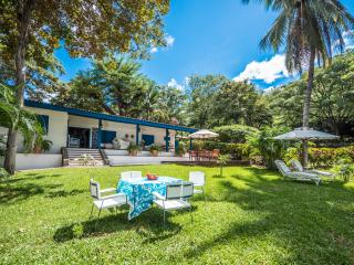 10% OFF - COLD WEATHER GET AWAY IN BLUE VILLA! - Gulf of Papagayo vacation rentals