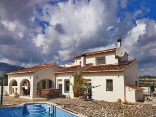 Villa with views,garden Beniss - Benissa vacation rentals