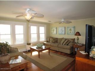 3 bedroom Cottage with Deck in Fernandina Beach - Fernandina Beach vacation rentals