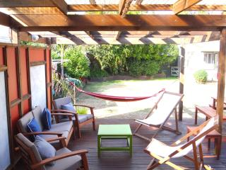 Beautiful House with Housekeeping Included and Television - Papamoa vacation rentals