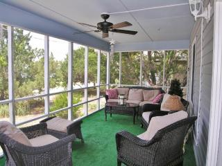 Charming 6 bedroom Pawleys Island House with A/C - Pawleys Island vacation rentals