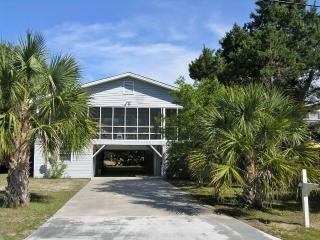 Charming House with A/C and Television - Pawleys Island vacation rentals
