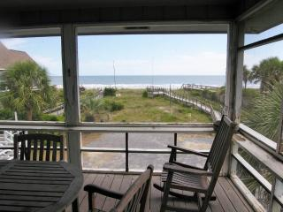 Comfortable House with Satellite Or Cable TV and Balcony - Pawleys Island vacation rentals