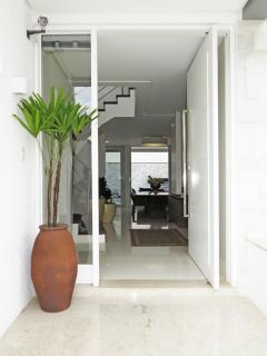 Suave 7 Bedroom House in  Jurerê Internacional - Florianopolis vacation rentals