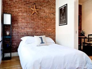 BOUTIQUE DESIGNER APARTMENT - 2 BED + 2 BATH - New York City vacation rentals