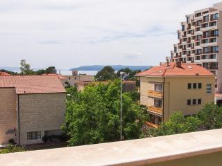 35171  D2(2+2) - Makarska - Makarska vacation rentals