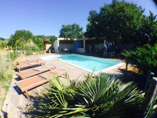 Maison  en provence et piscine privée. Jardin top! - L'Isle-sur-la-Sorgue vacation rentals