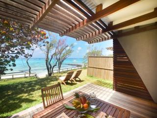 Well-appointed beachfront villa in Pointe d'Esny - Pointe d'Esny vacation rentals