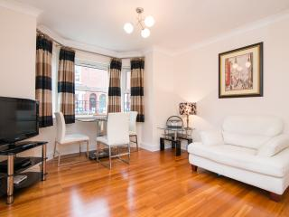 Fab quiet apartment in lively Didsbury village - Greater Manchester vacation rentals