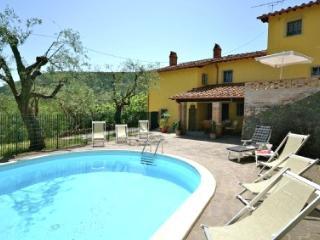Perfect 2 bedroom Vicopisano Apartment with Internet Access - Vicopisano vacation rentals