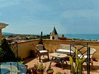 Bed and Breakfast Lavinium Scalea - Scalea vacation rentals