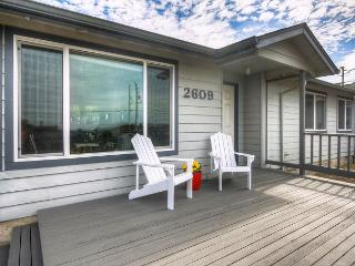 Ocean View Home in Bayshore Estates - Waldport vacation rentals