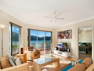 Lovely 3 bedroom House in Ettalong Beach - Ettalong Beach vacation rentals