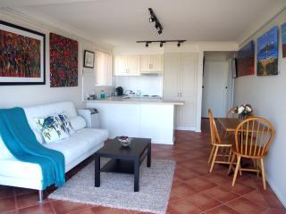 Perfect 1 bedroom House in Umina Beach - Umina Beach vacation rentals