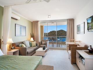 Romantic 1 bedroom House in Ettalong Beach - Ettalong Beach vacation rentals