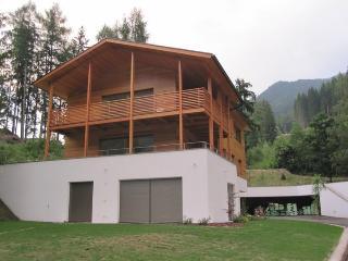 Apartments Villa Jim - 3-bedroom-Apartment with garden - Ortisei Val Gardena / St. Ulrich Gröden - Ortisei vacation rentals