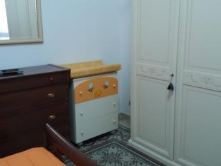 Cozy 2 bedroom Apartment in Matera with A/C - Matera vacation rentals