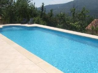Nice Villa with Internet Access and Dishwasher - Contes vacation rentals