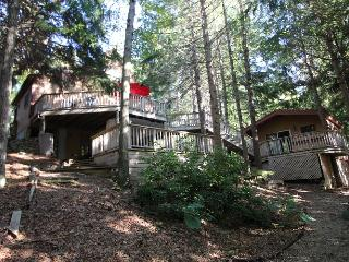 Perfect 3 bedroom Marstons Mills House with Deck - Marstons Mills vacation rentals