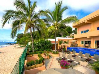 Casa Milagro PV - La Quemada vacation rentals