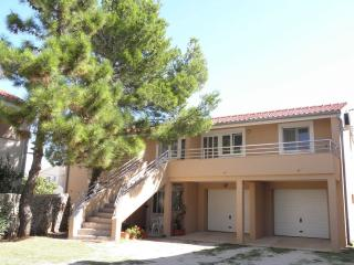 1 bedroom Condo with Television in Nin - Nin vacation rentals