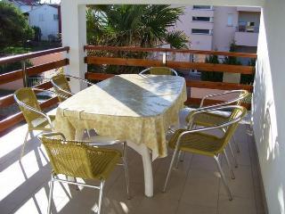 6161  A1(7) - Nin - Nin vacation rentals