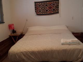 Suite in a ideal location in Regina - Regina vacation rentals
