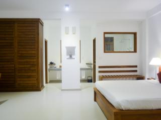The Residence Hikkaduwa,Sri Lanka. - Hikkaduwa vacation rentals