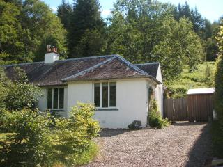 Cozy 2 bedroom Cottage in Strathyre with Internet Access - Strathyre vacation rentals