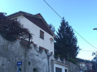 Villetta con giardino panoramica - Cava De' Tirreni vacation rentals