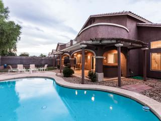 Nice House with Wireless Internet and Short Breaks Allowed - Glendale vacation rentals