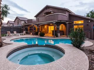 5 BEDROOM 3 BATH VACATION RENTAL FULLY FURNISHED - Glendale vacation rentals