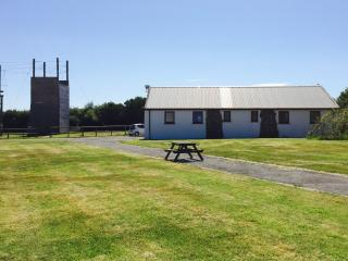Ramsey Lodge, Coastal Bunkhouse Sleeps 16 - Newgale vacation rentals
