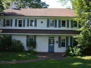 Colonial Era Country Farm, 22 Acres Of Open Space - Philadelphia vacation rentals