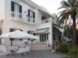 La Bouganville - Naples vacation rentals