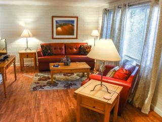Perfect 1 bedroom Moab Condo with Hot Tub - Moab vacation rentals