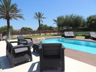 Comfortable 4 bedroom Villa in Porto Colom - Porto Colom vacation rentals