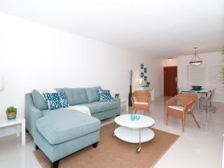 Ocean Front Condo on Hollywood Beach - 1 Bedroom - Hollywood vacation rentals