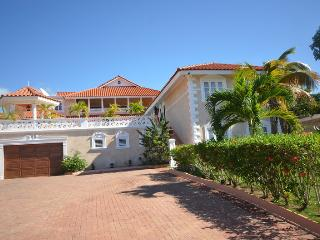 Glorias Chateau, Montego Bay 7BR - Ironshore vacation rentals