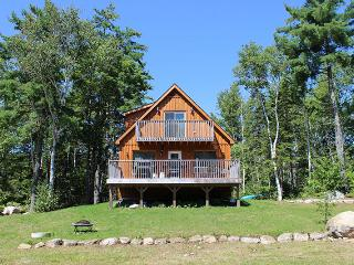 Cottage / Home Rental Lake Access close to Windsor - Windsor vacation rentals
