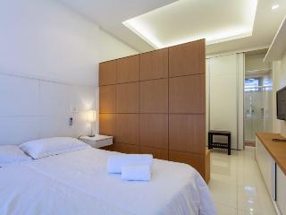 Leblon 1 Bedroom José Linhares - Rio de Janeiro vacation rentals