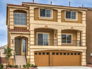 3-story double master home! - Las Vegas vacation rentals